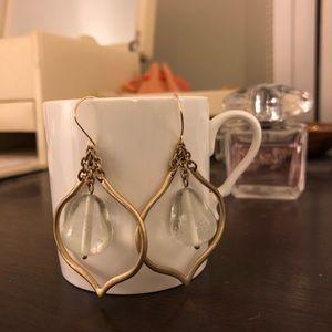 Elegant gold tone earrings